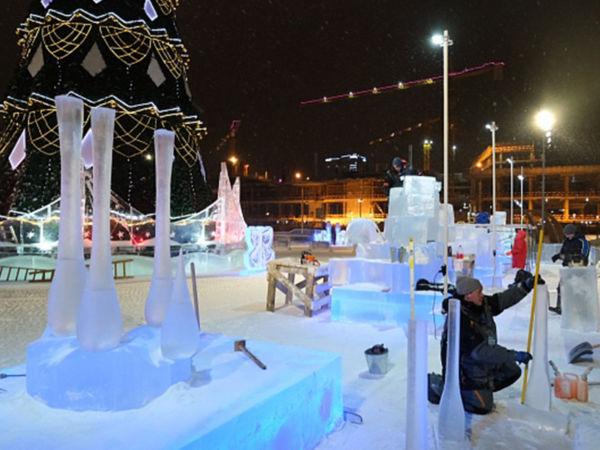 На городской эспланаде Перми началась работа скульпторов, соревнующихся за Кубок «Зимний вернисаж»