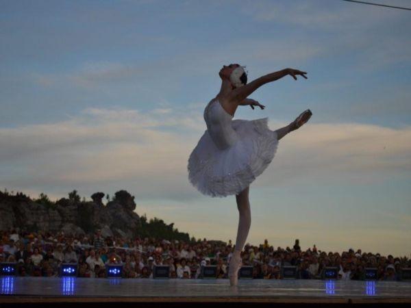 Юбилейный «Закат на Крестовой» представит классический балет